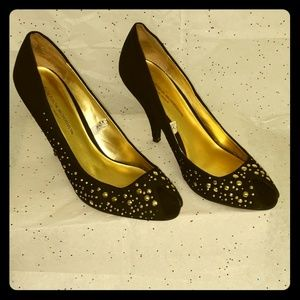 Black and gold suede peep toe pump size 9.5